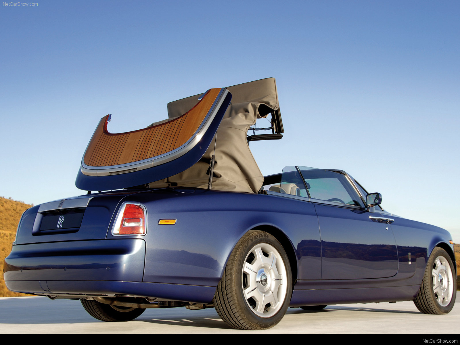 Rolls-Royce Phantom Drophead Coupe photo 40274
