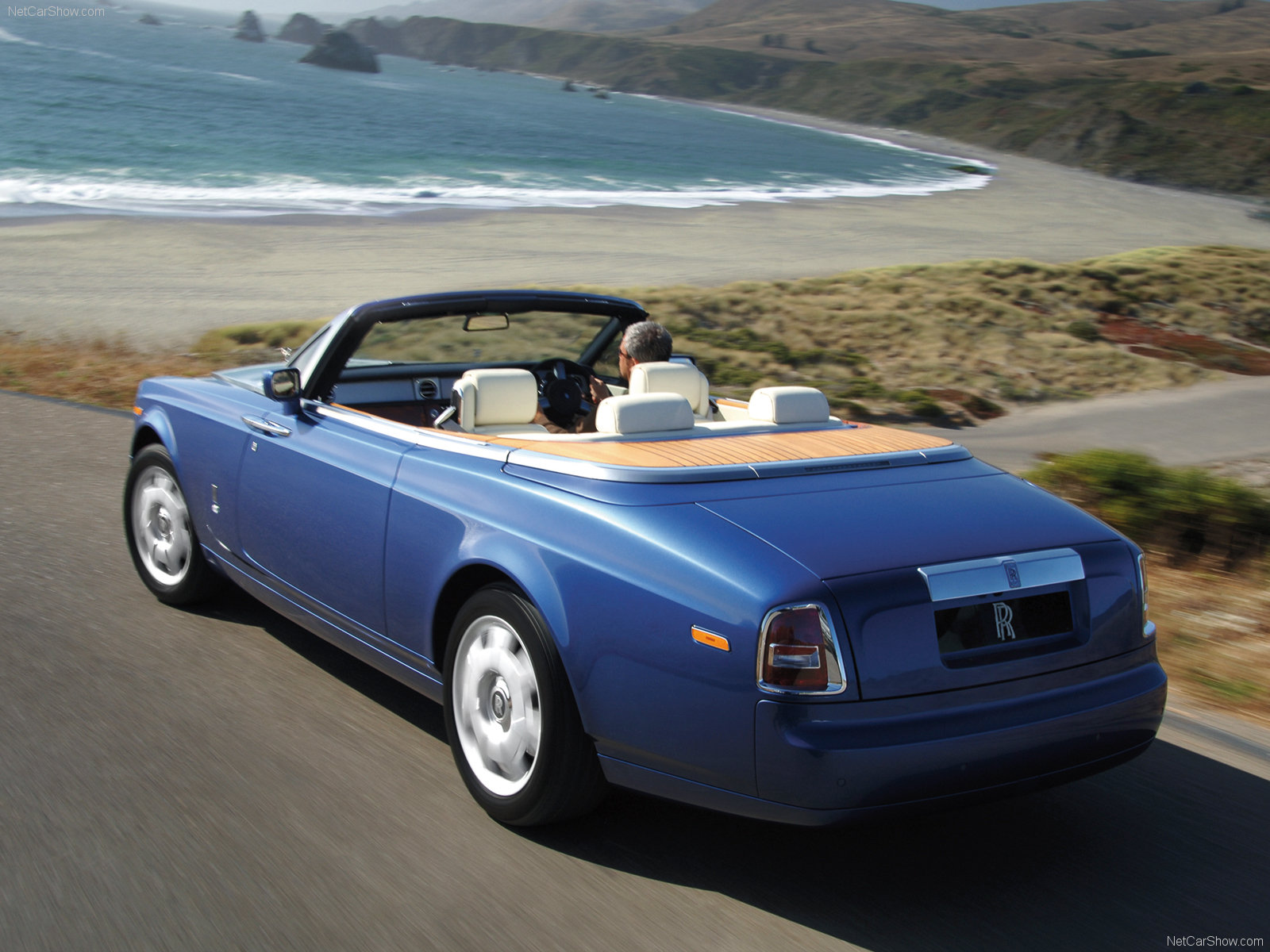 Rolls-Royce Phantom Drophead Coupe photo 40281