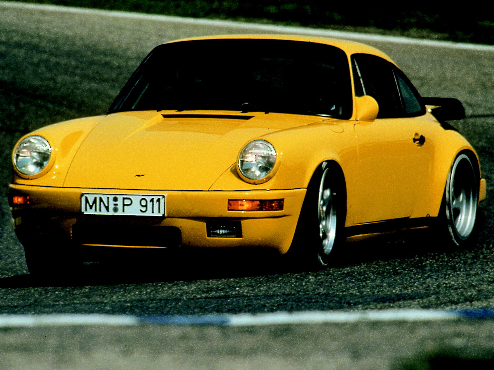 Ruf CTR Yellow Bird photo 20270