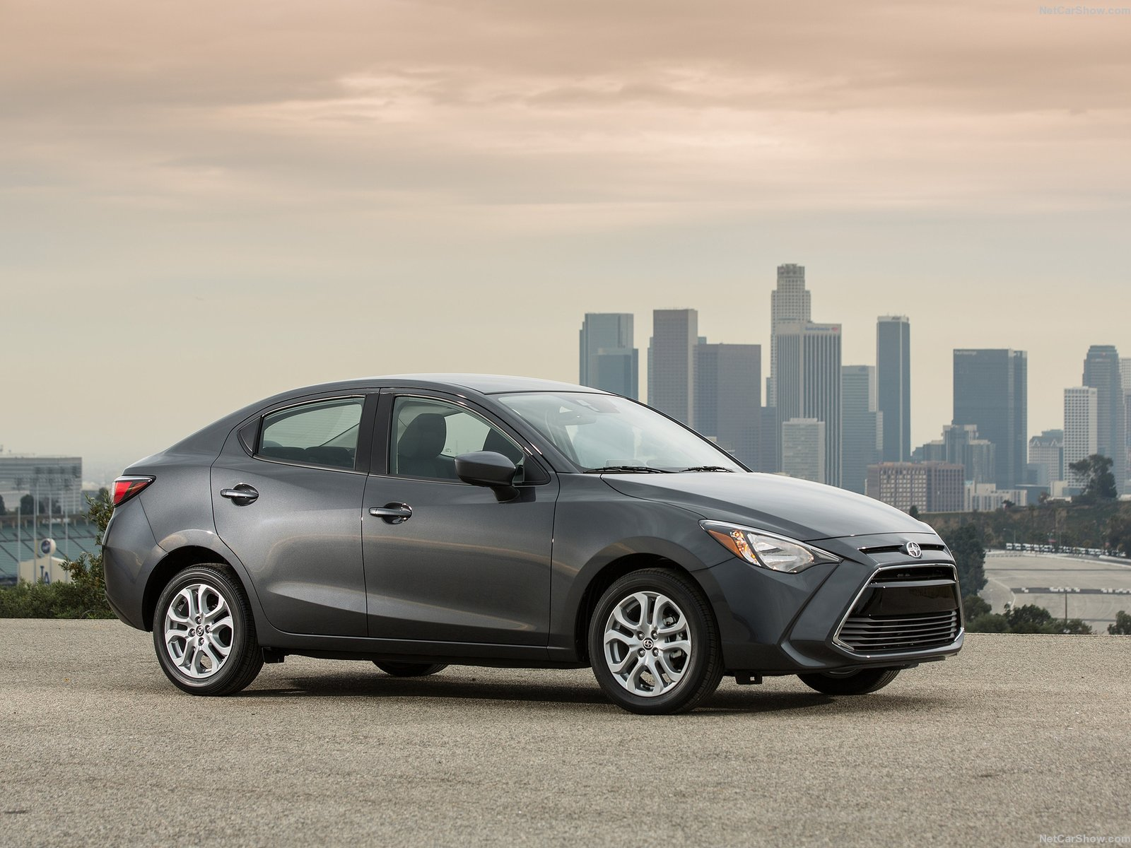 Scion iA photo 143028
