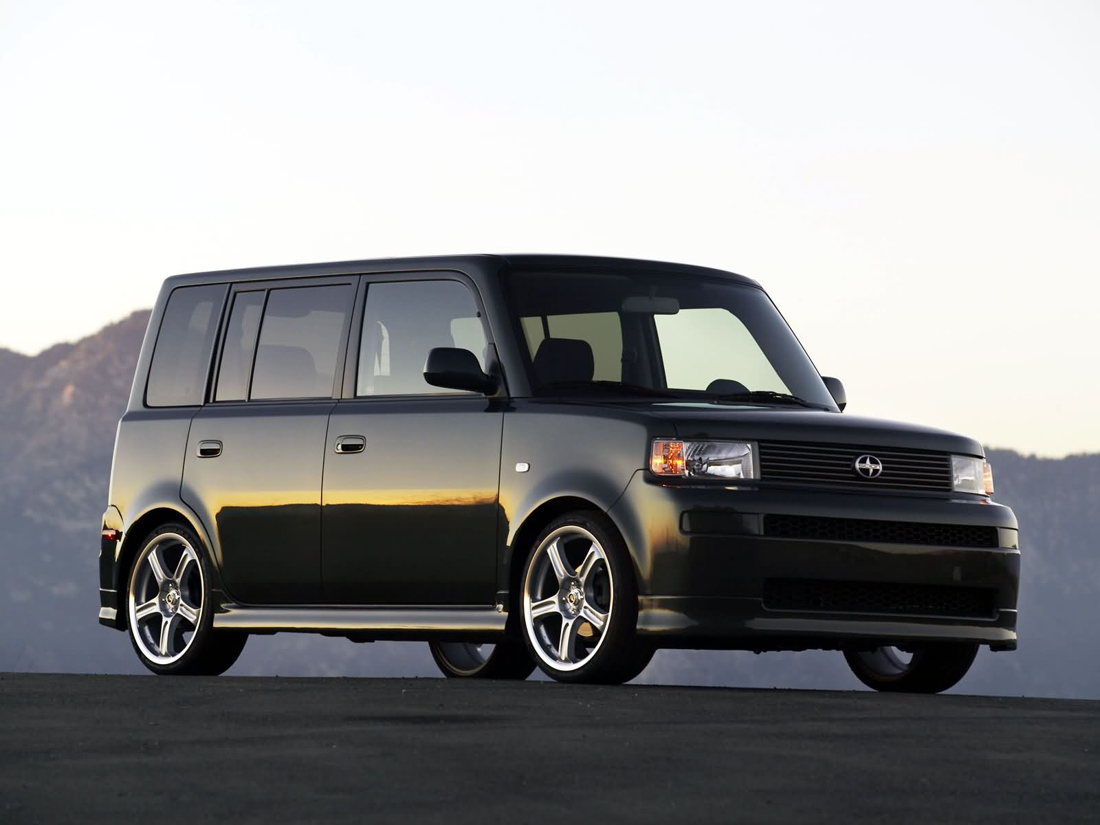 Scion xB photo 12873