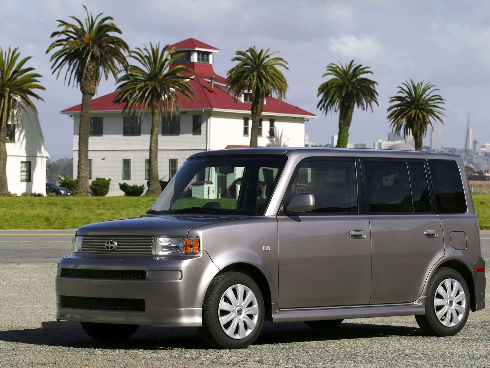 Scion xB photo 8181