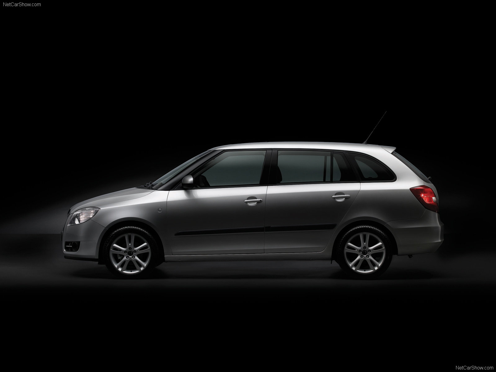 Skoda Fabia Hatchback photo 45833