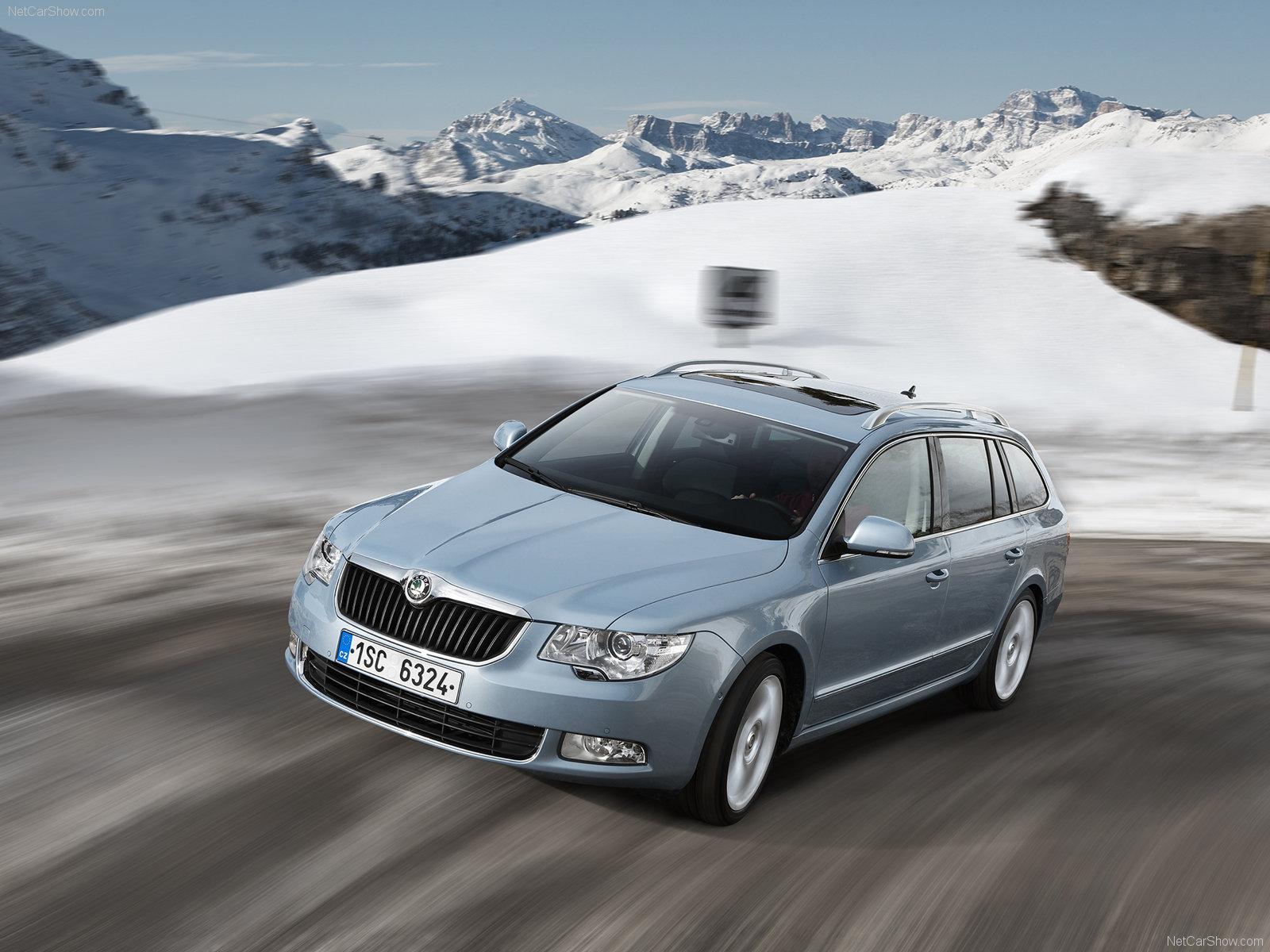 Skoda Superb Combi photo 70854