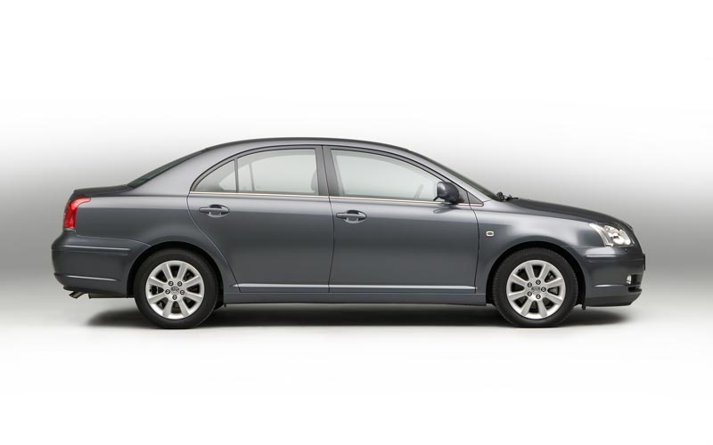 Toyota Avensis photo 28165