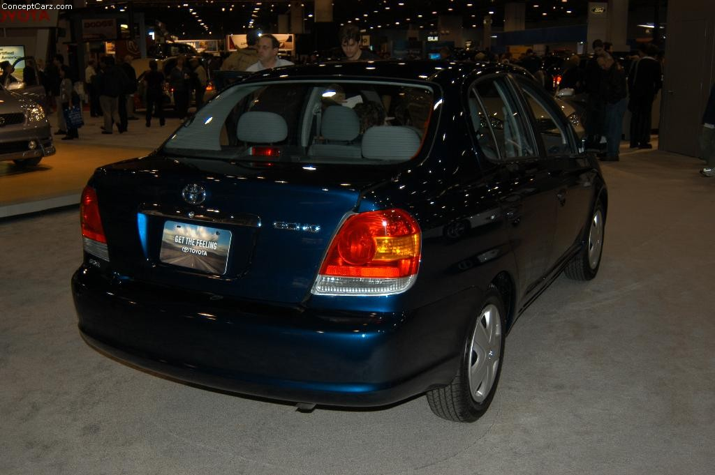 Toyota Echo photo 28148