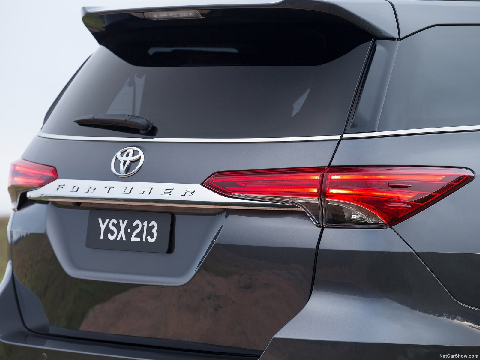Toyota Fortuner photo 146535