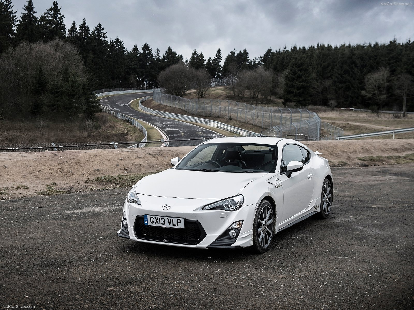 Toyota GT86 TRD photo 124811