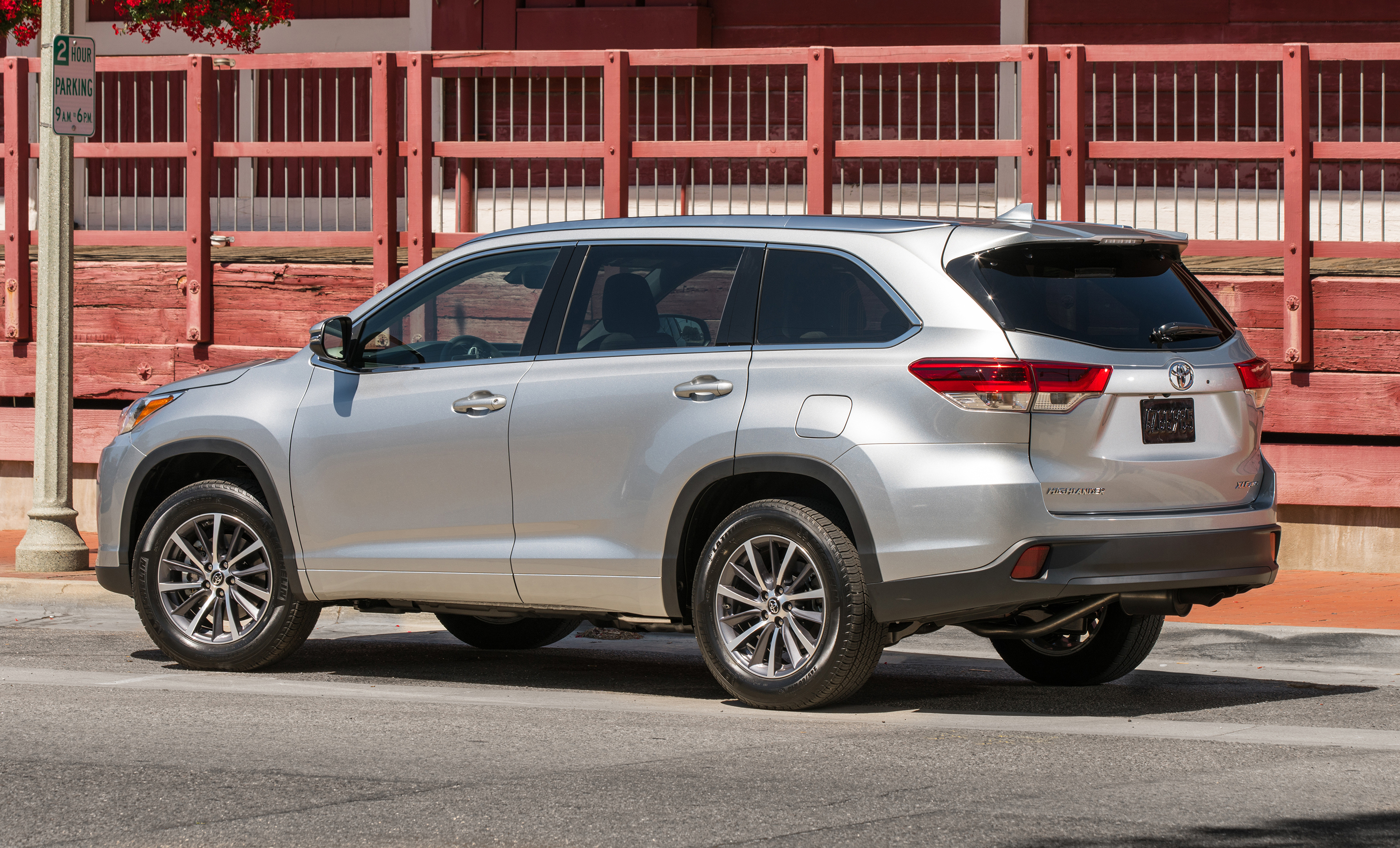 Toyota Kluger photo 173460