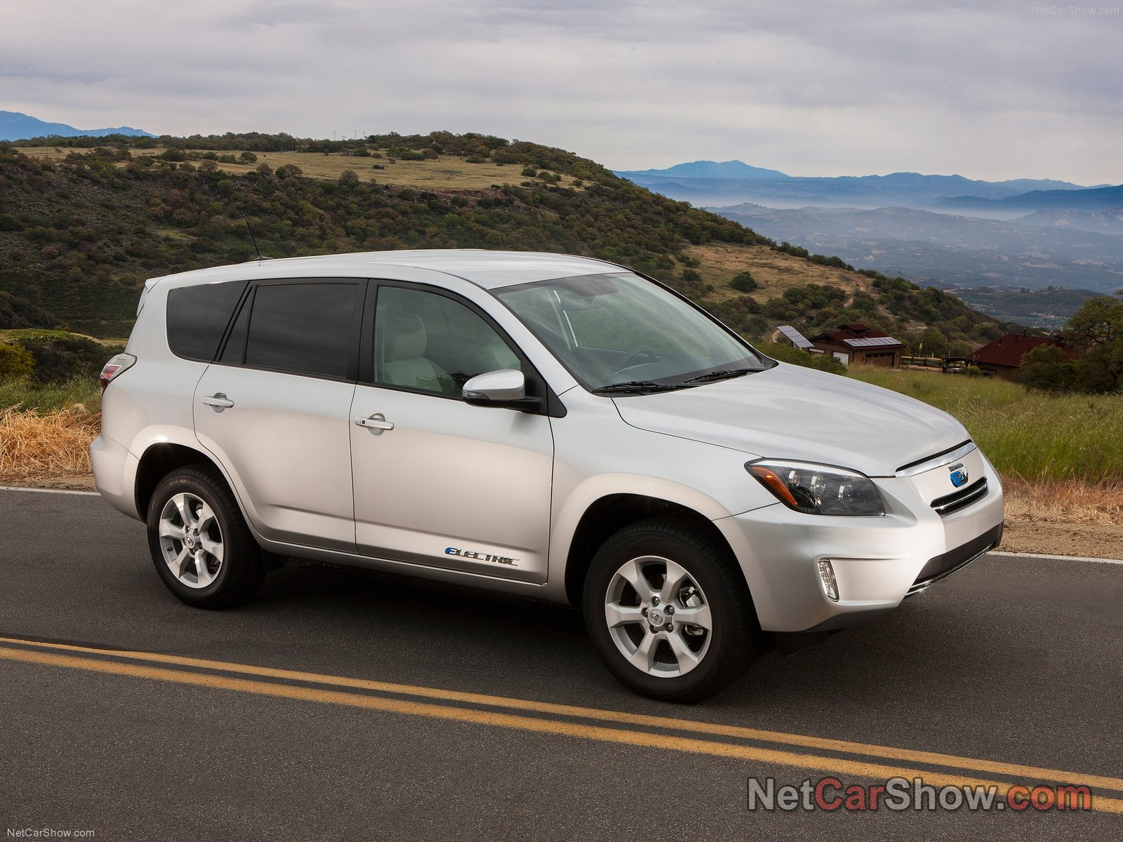 Toyota Rav 4 EV photo 91806