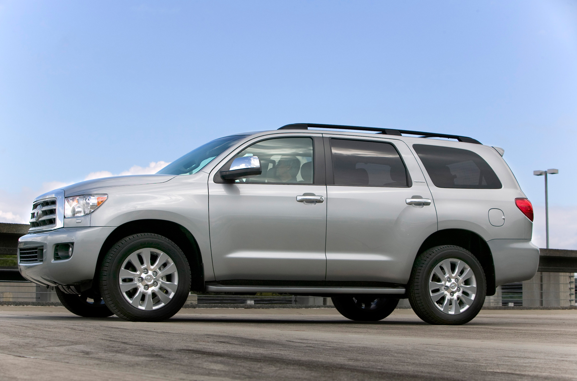 Toyota Sequoia photo 63765
