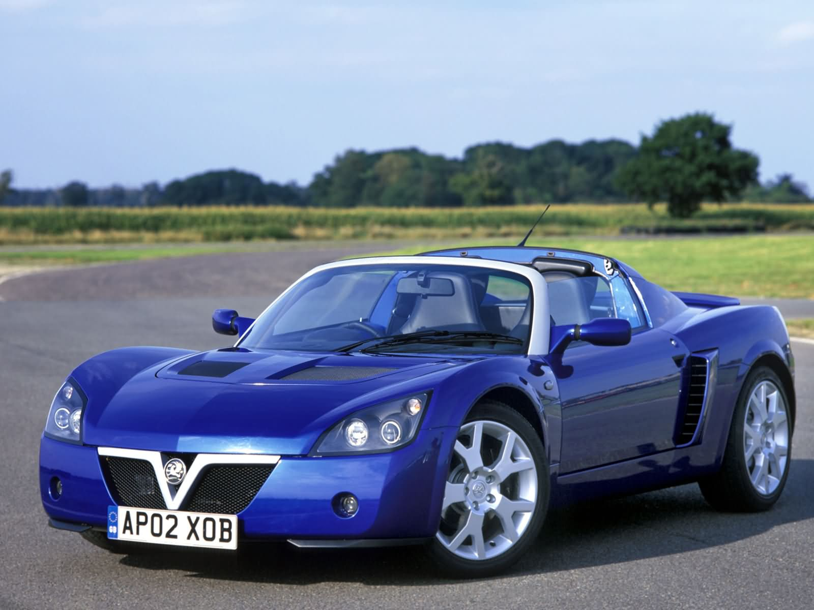 Vauxhall VX220 Turbo photo 1371