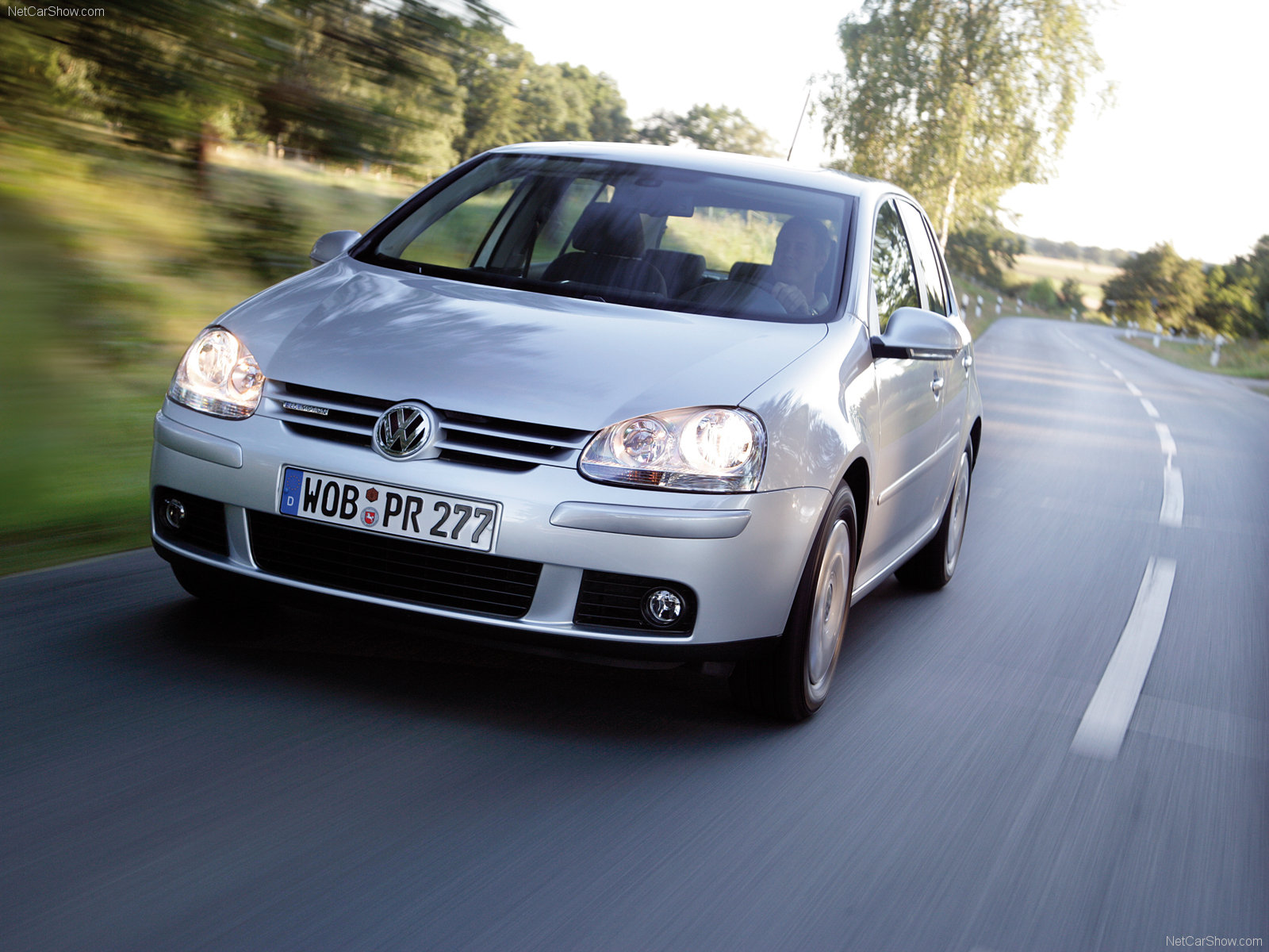 Volkswagen Golf BlueMotion photo 47126
