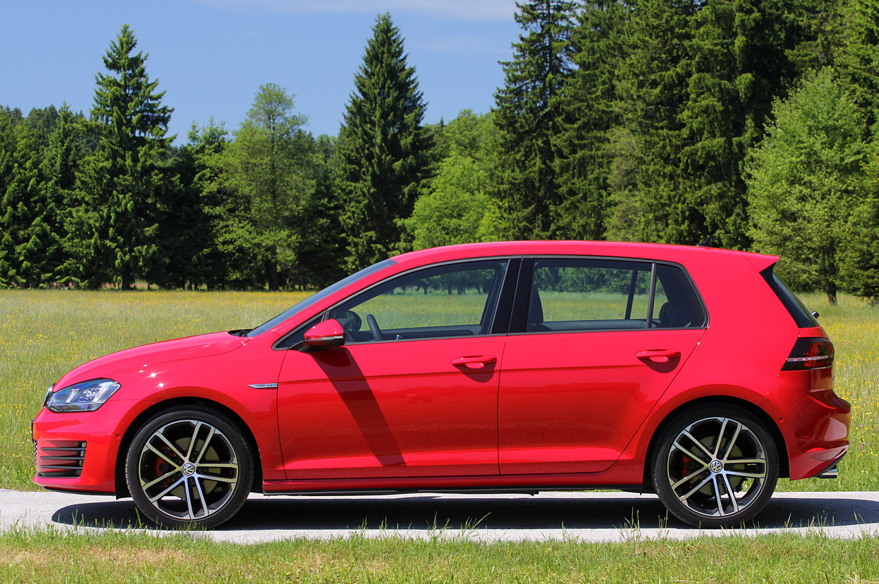 Volkswagen Golf GTD photo 102097