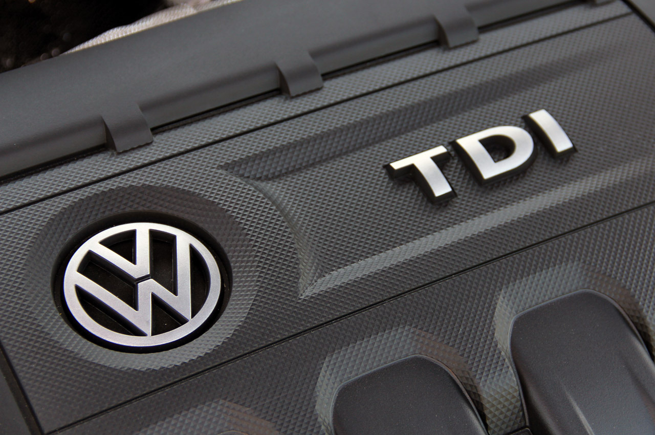 Volkswagen Golf GTD photo 102114