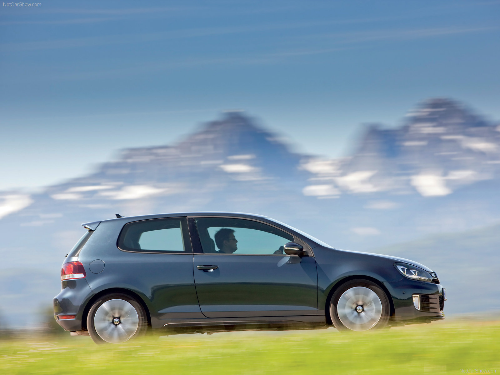 Volkswagen Golf GTD photo 64738