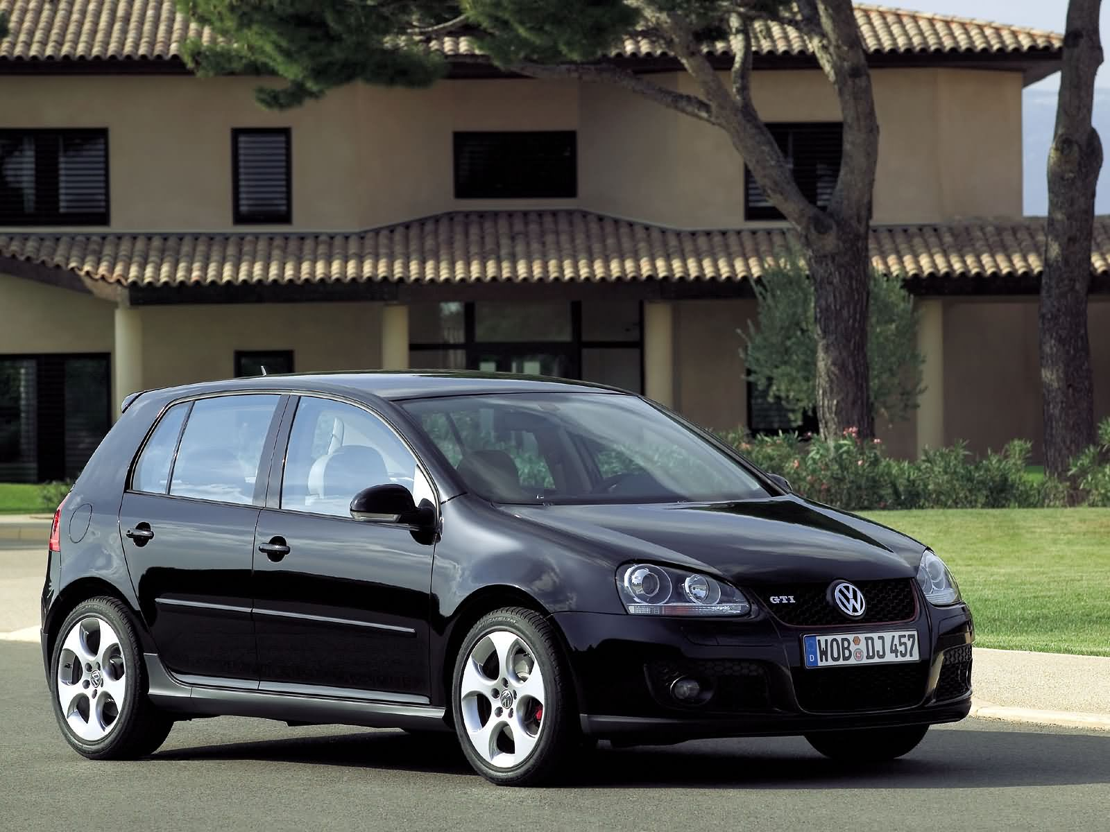 Volkswagen Golf GTI photo 16639