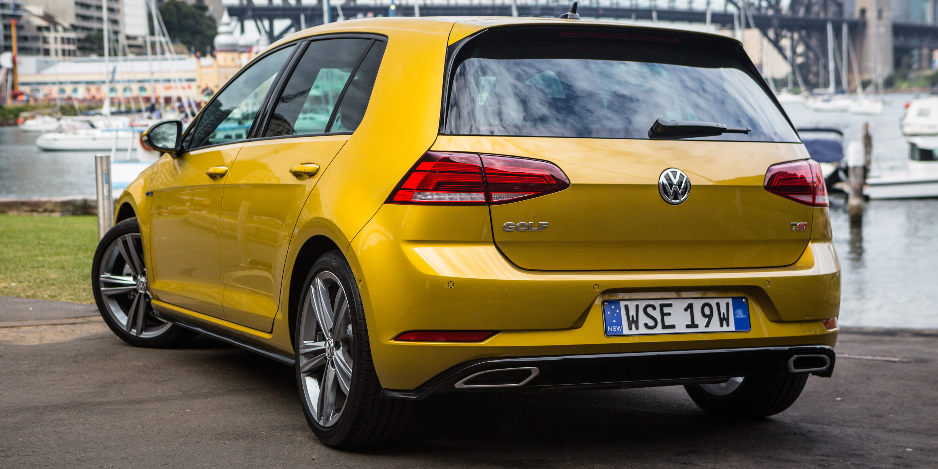 Volkswagen Golf photo 179315