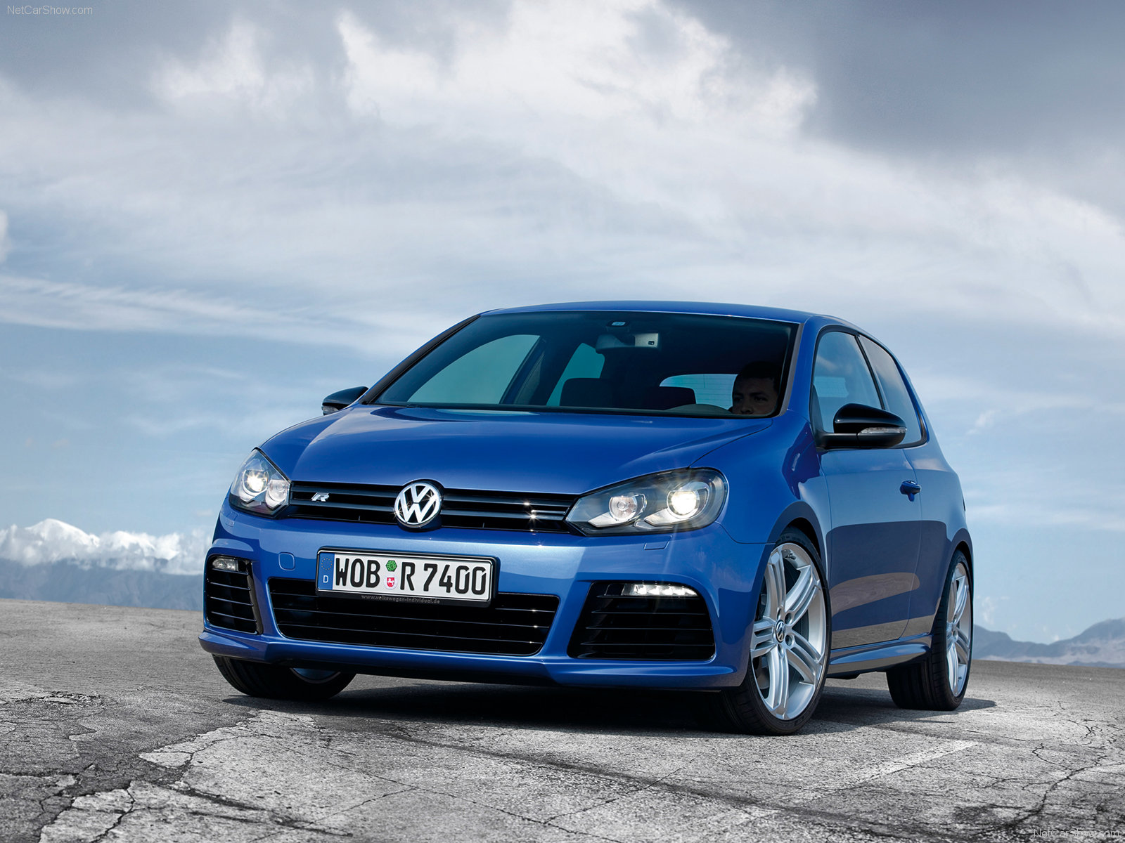 Volkswagen Golf R photo 75252