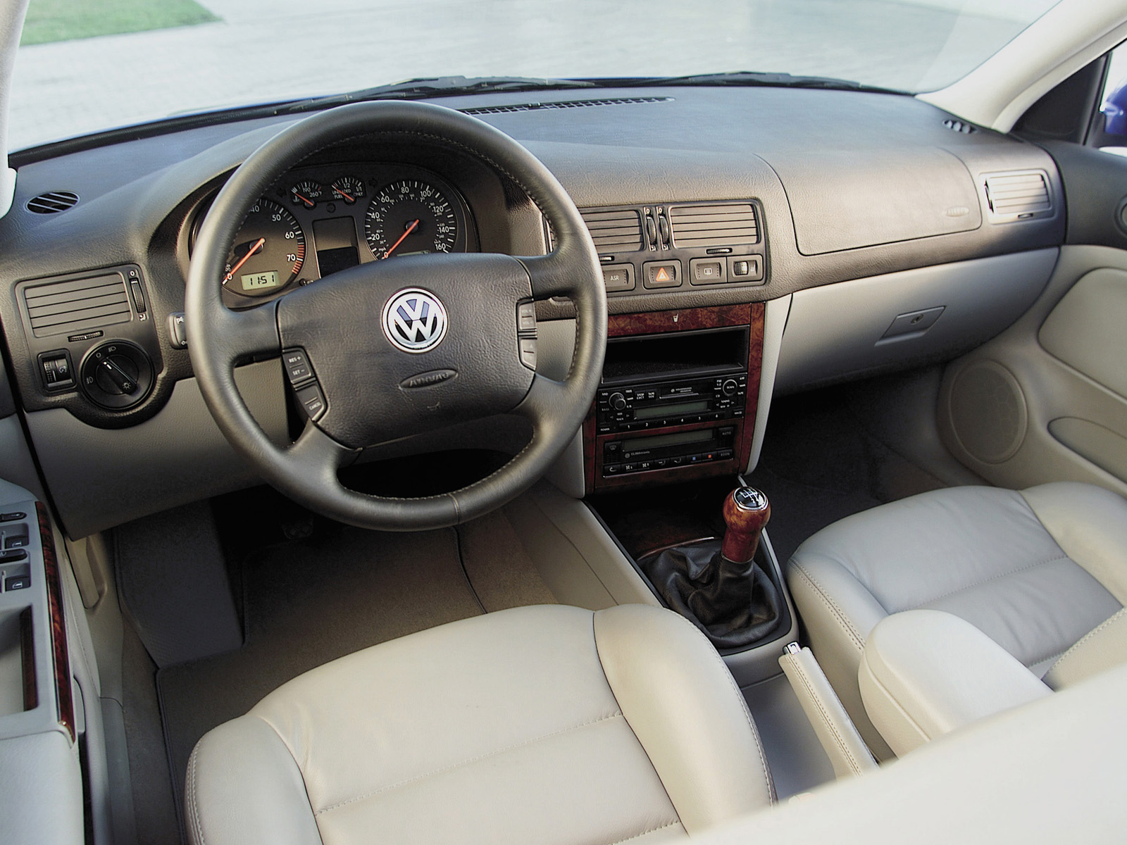 Volkswagen Jetta photo 95140