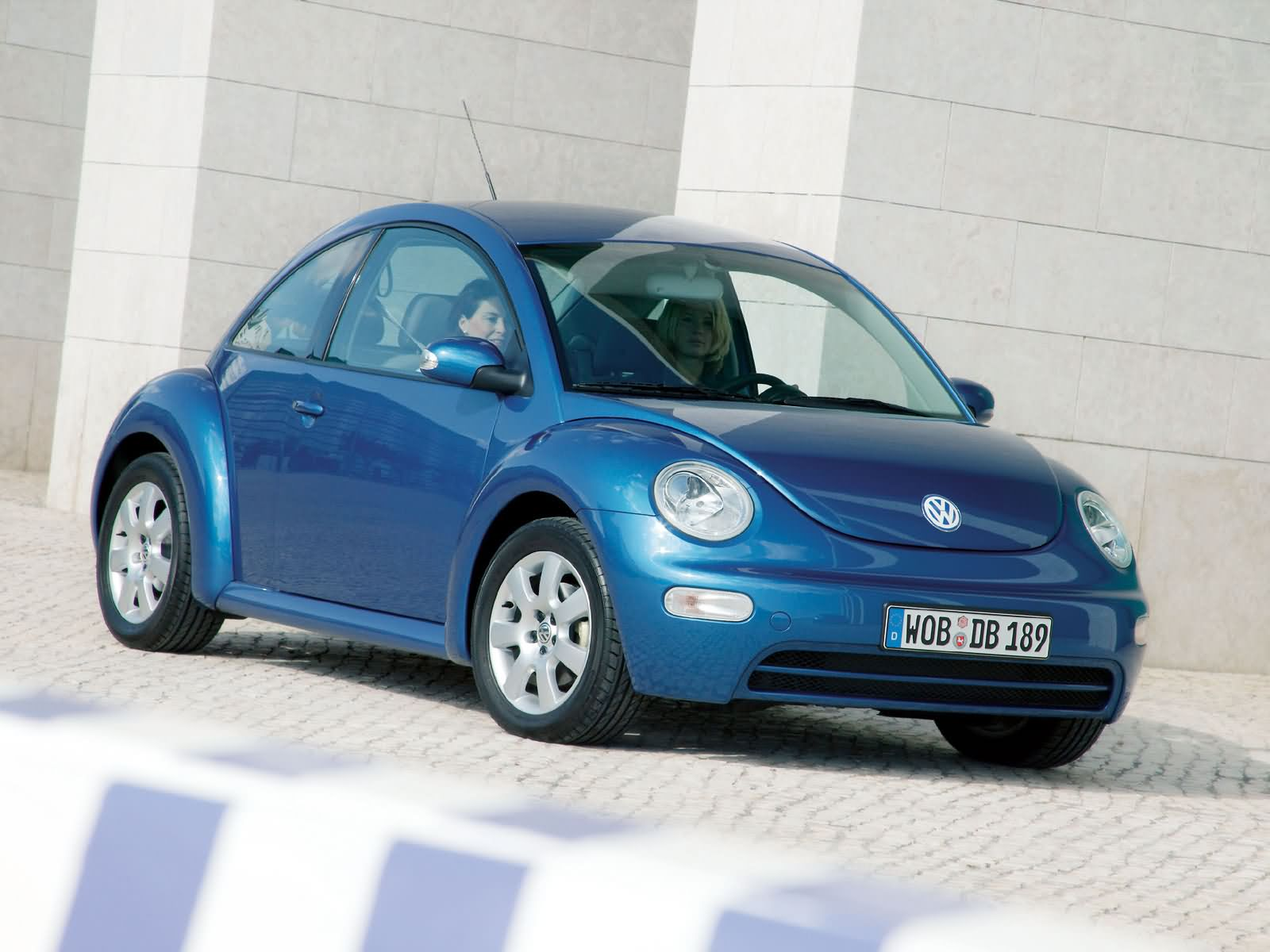 Volkswagen New Beetle photo 17963