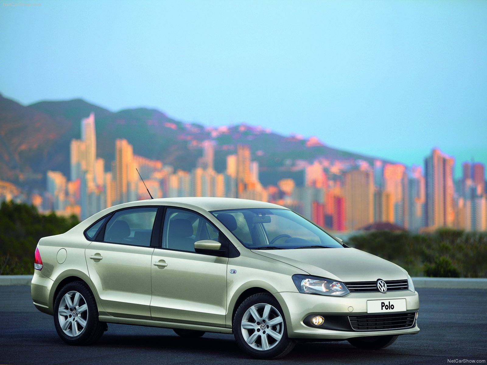 Volkswagen Polo Sedan photo 74290