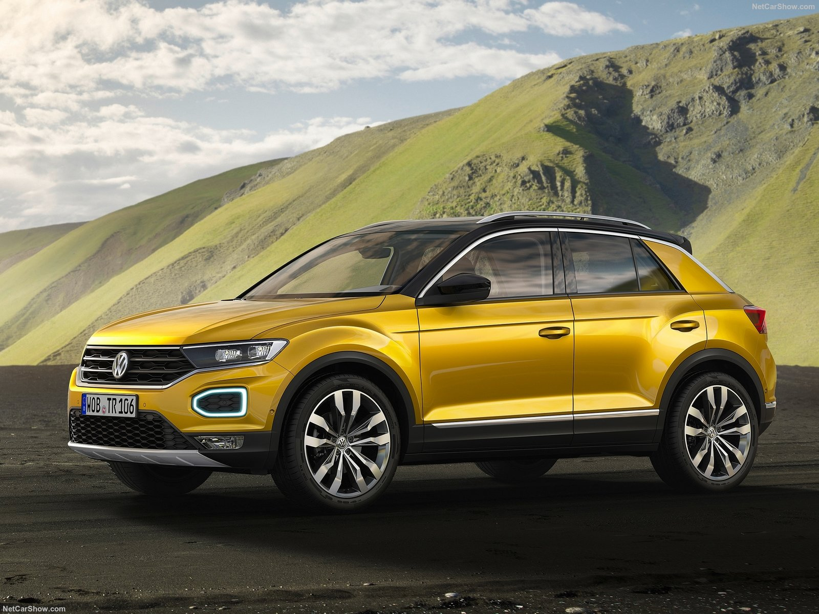 Volkswagen T-Roc photo 180823