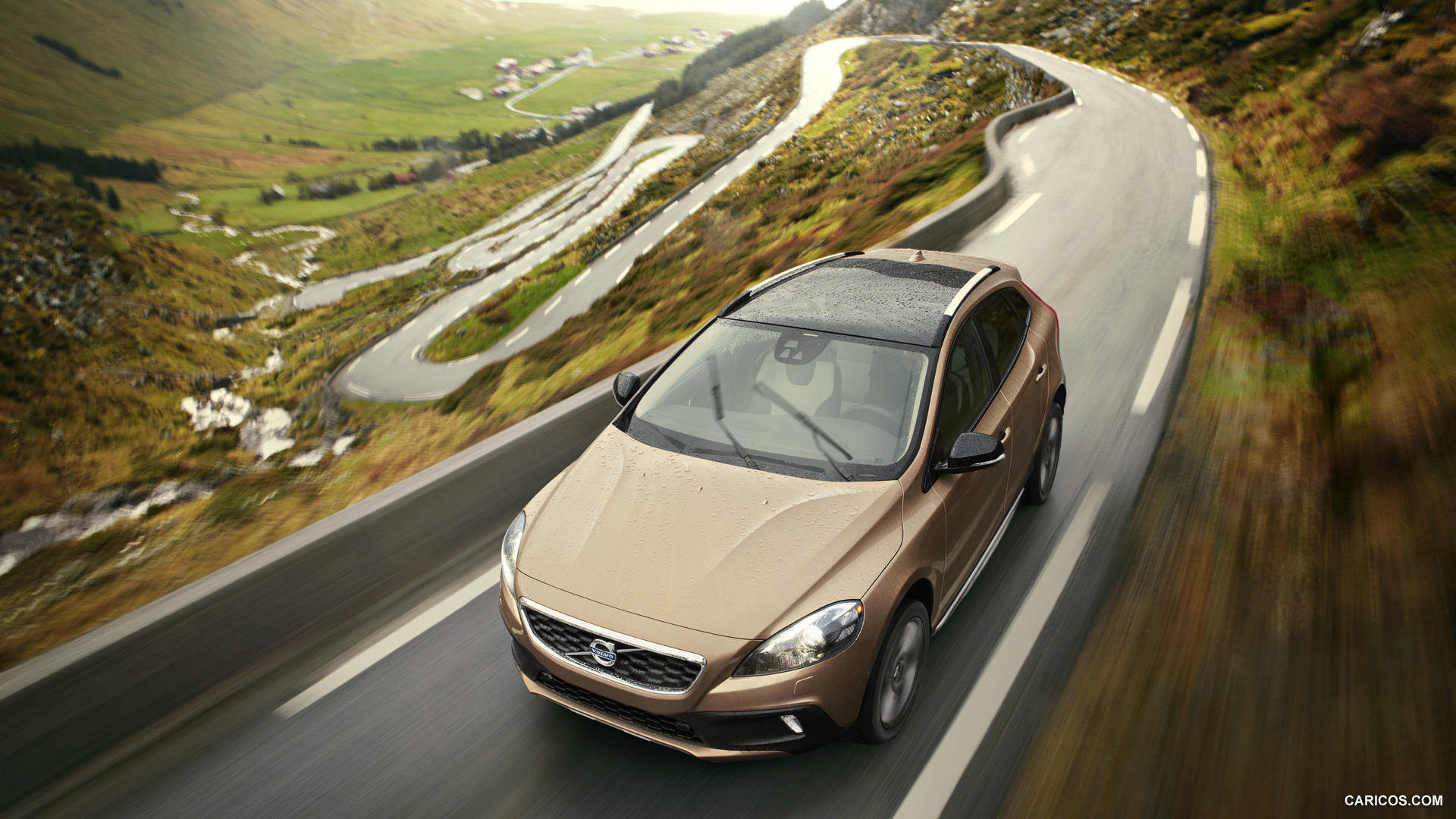 Volvo V40 Cross Country photo 126504
