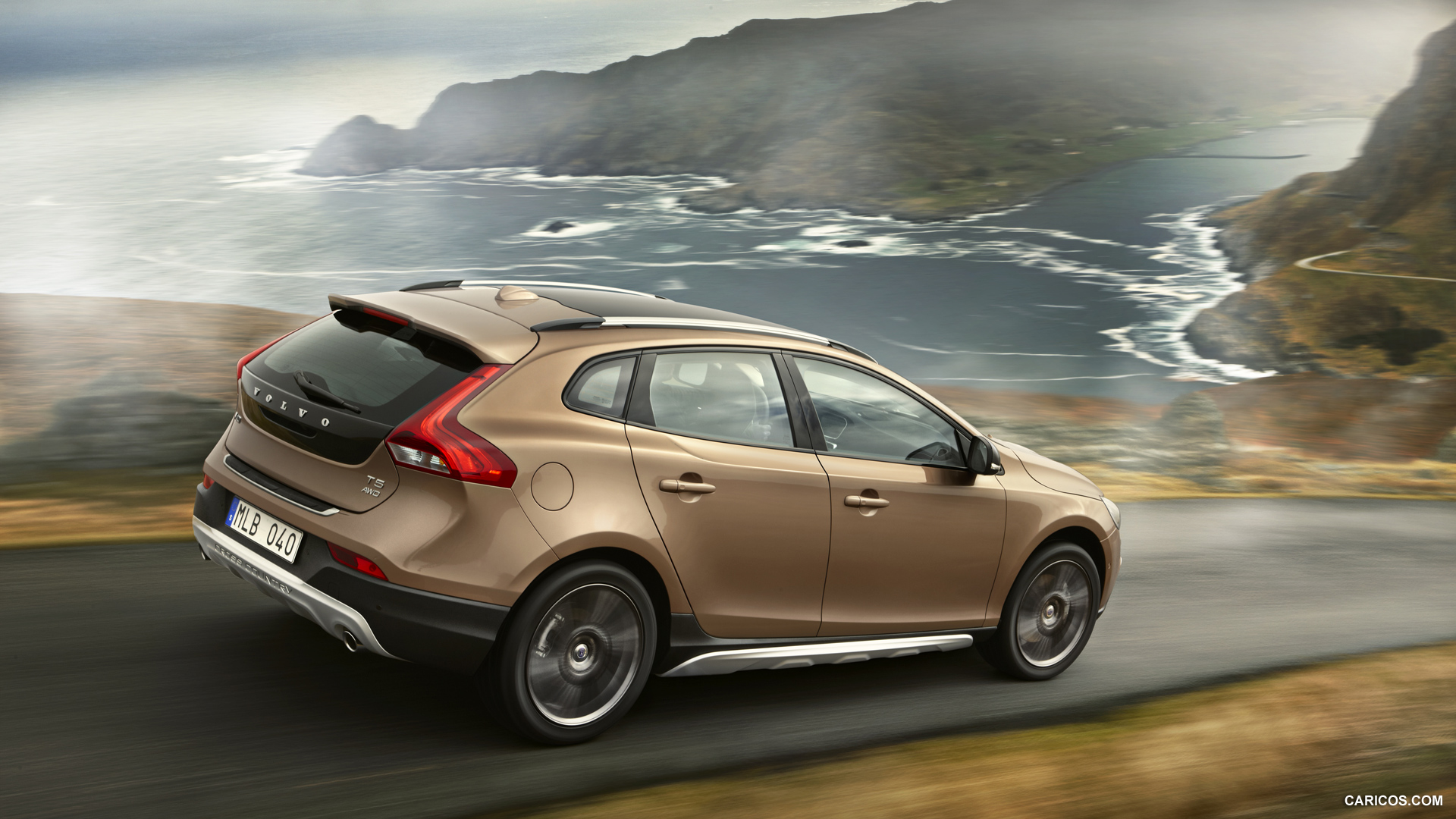 Volvo V40 Cross Country photo 126519
