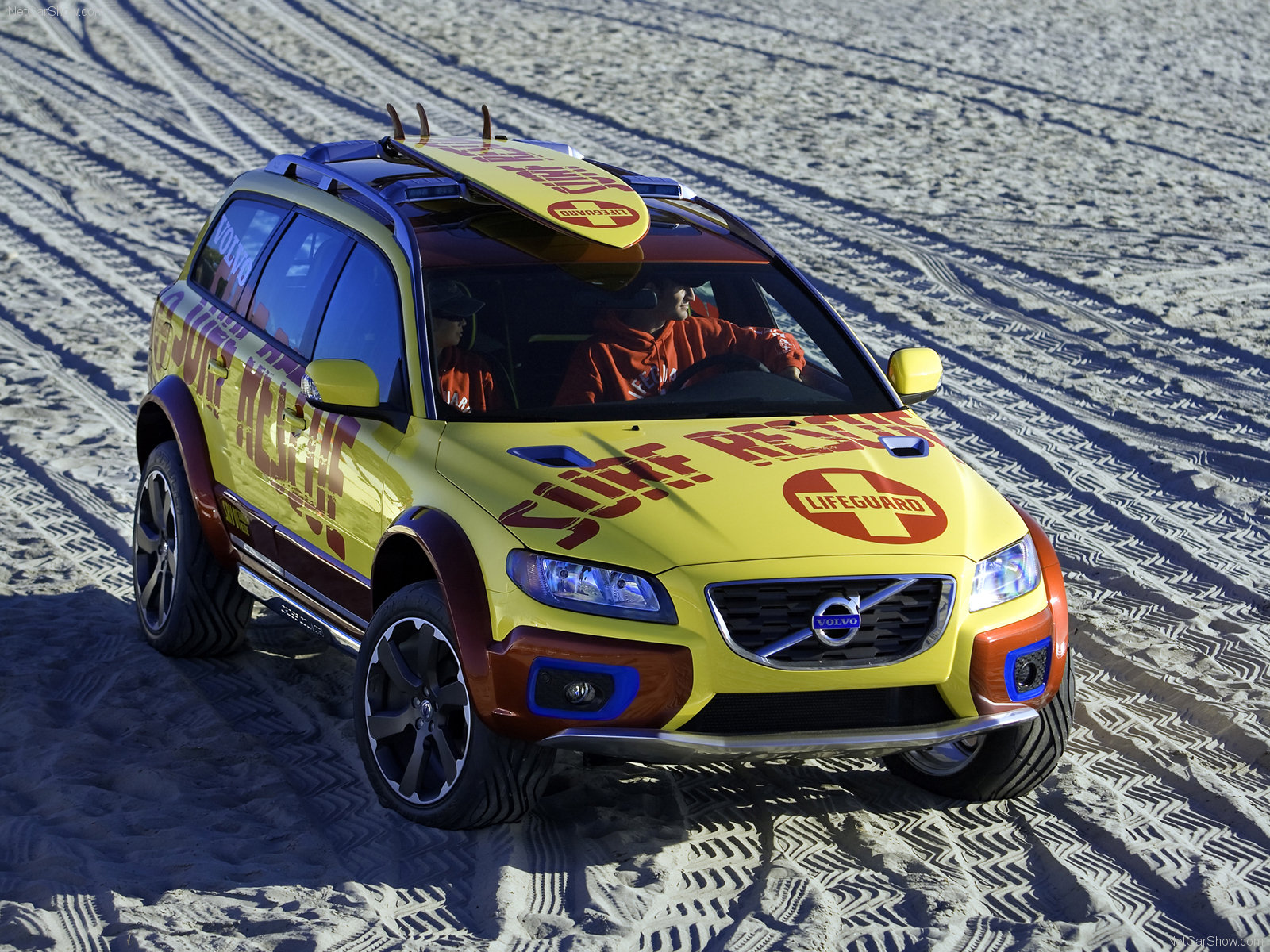 Volvo XC70 Surf Rescue photo 48848