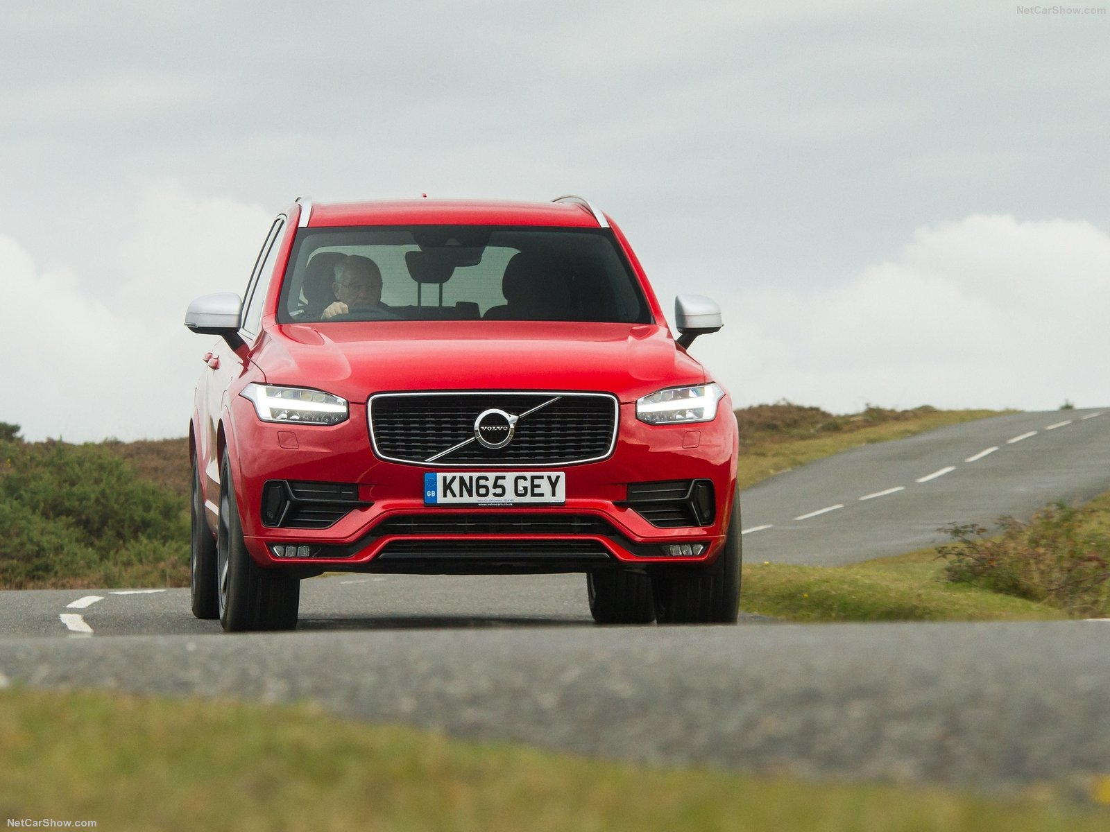 Volvo XC90 R-Design photo 160244