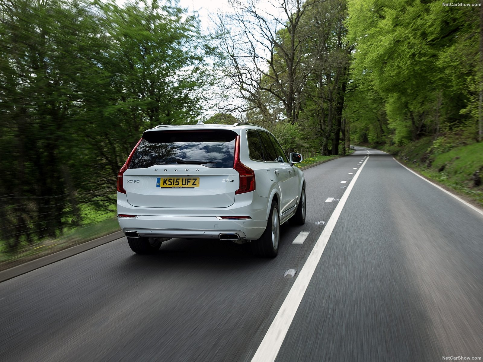 Volvo XC90 UK-Version photo 145764
