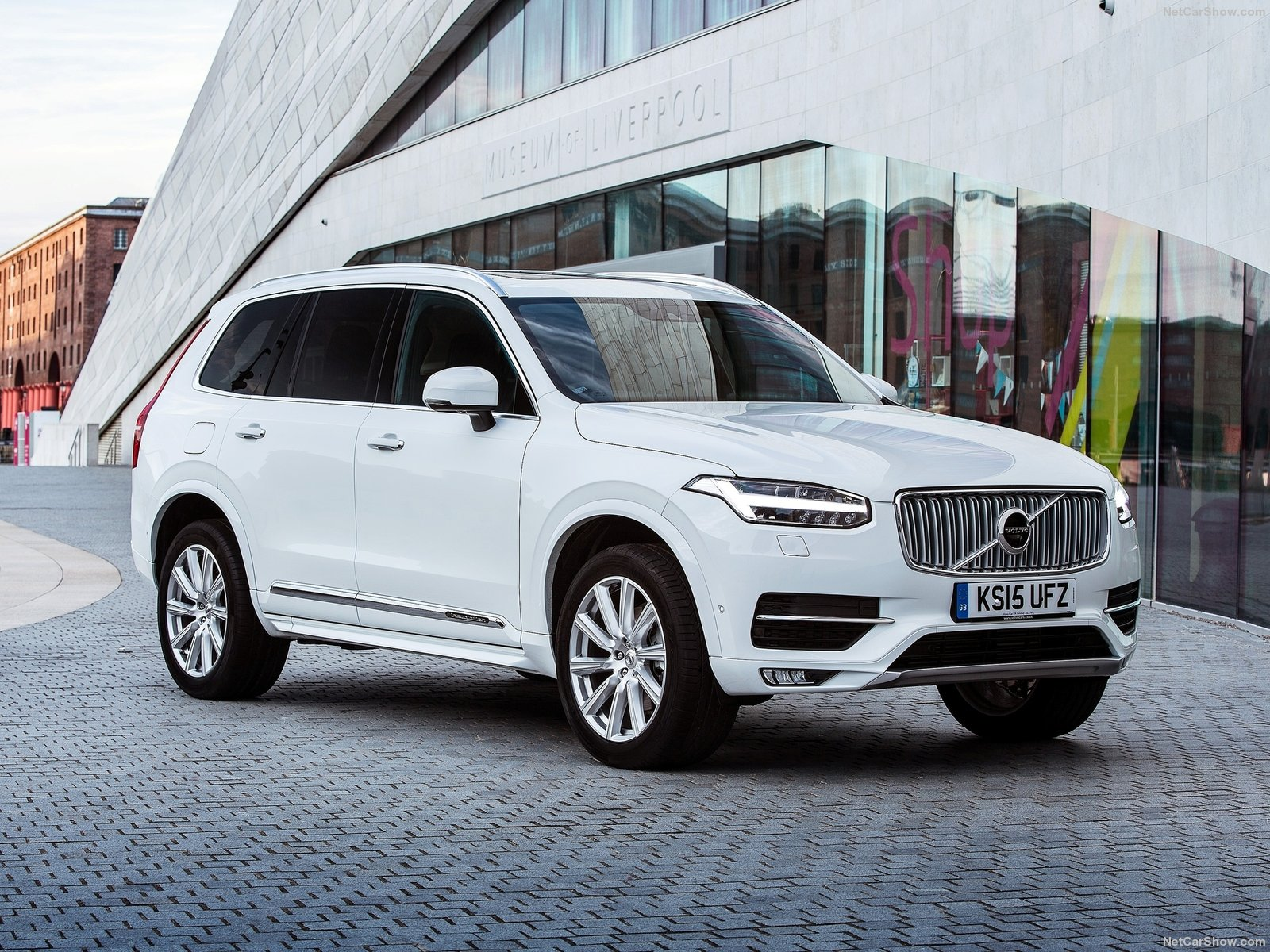 Volvo XC90 UK-Version photo 145858